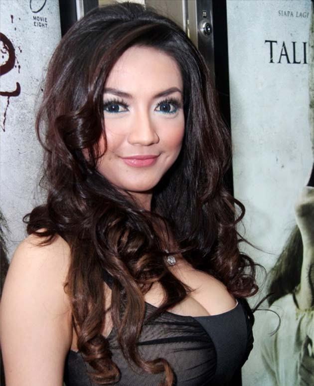 www dora188 com hottt 6 artis indonesia yang memiliki