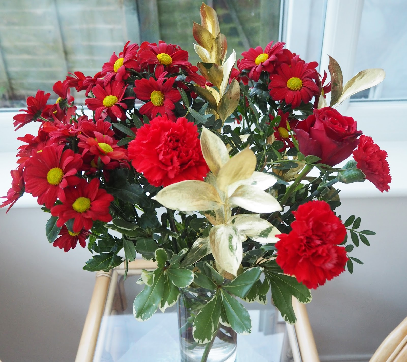 Christmas Bouquet of Flowers: Christmas Day 2015 | Katie Kirk Loves