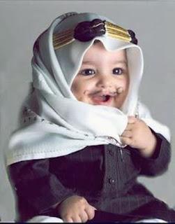 Gambar Bayi Lucu Berkumis Pakai Surban