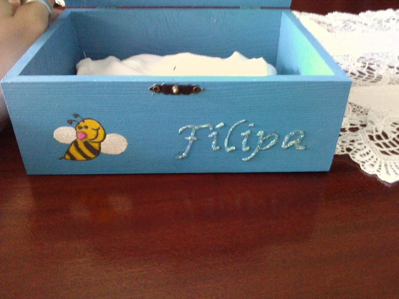 meu novo Cantinho: Caixa de madeira pintada à mão #2984A2 1600x1200