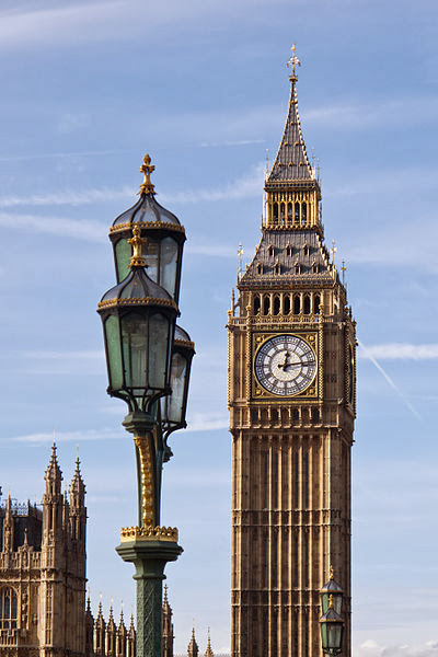 File:400px-Big_Ben_-_04 (FILEminimizer)