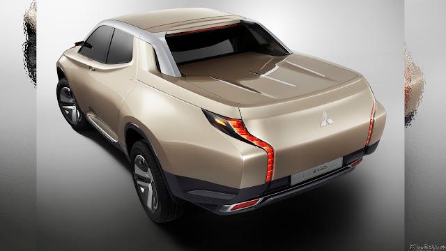 Nova Mitsubishi L200 2015 Preview