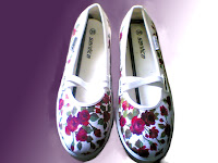 sepatu lukis bunga,sepatu lukis,sepatu lukis cewe,sepatu lukis cewek,sepatu,lukis