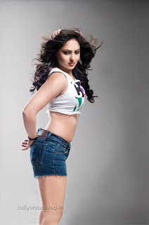 Nikisha Patel  Picture shoot 004.jpg