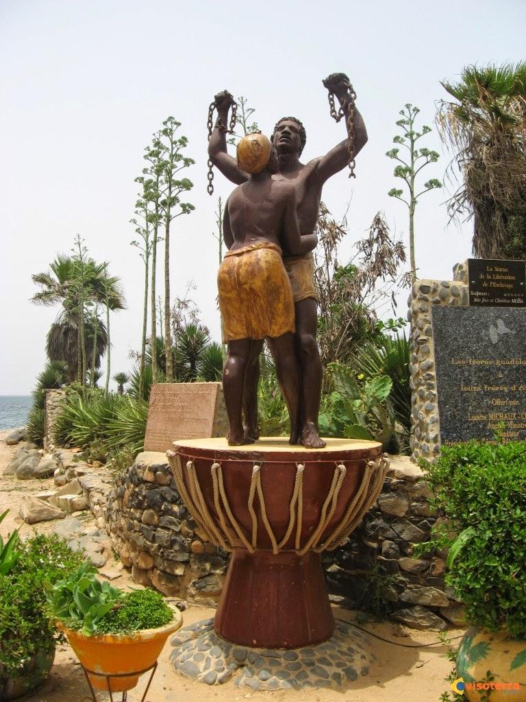 http://www.20minutes.fr/societe/1371069-commemoration-de-l-abolition-de-l-esclavage-la-loi-dite-taubira-a-permis-de-faire-de-l-esclavage-longtemps-pratique-par-la-france-une-question-debattue-publiquement