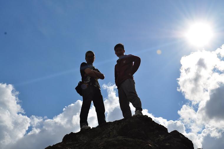 Ахтайгаа хамт уулан дээр