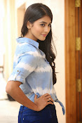 Pooja hegde gorgeous photo shoot-thumbnail-8