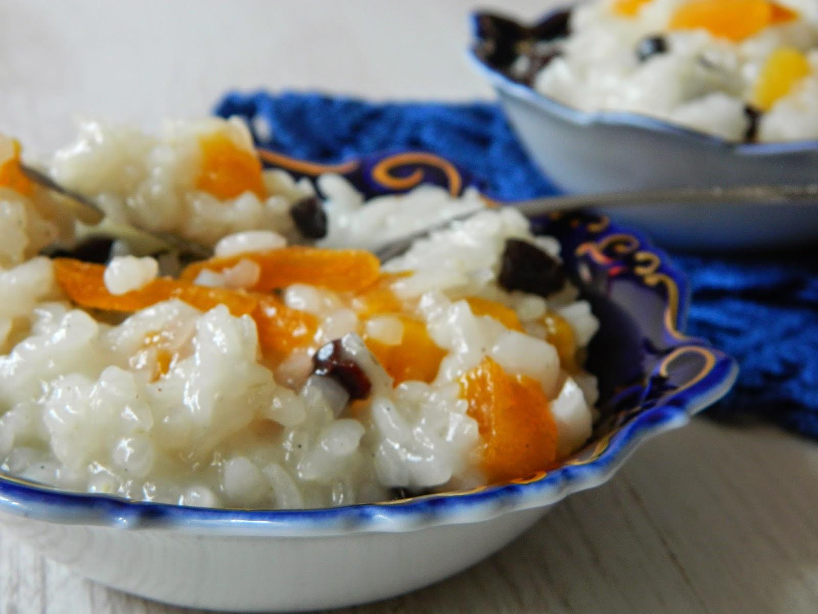 Orez cu lapte de cocos si fructe uscate