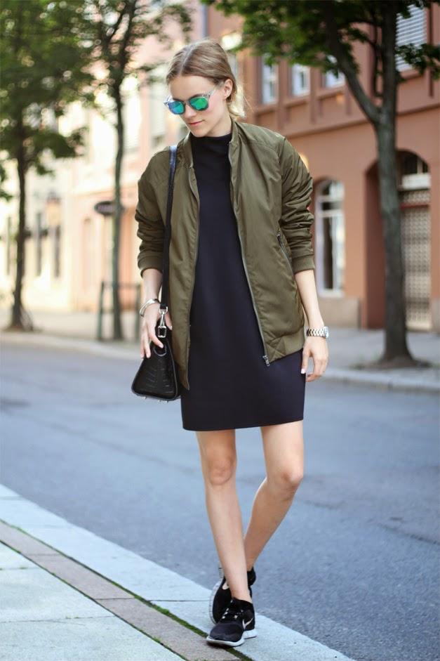 Bomber jackets-street style-nike free run sneakers