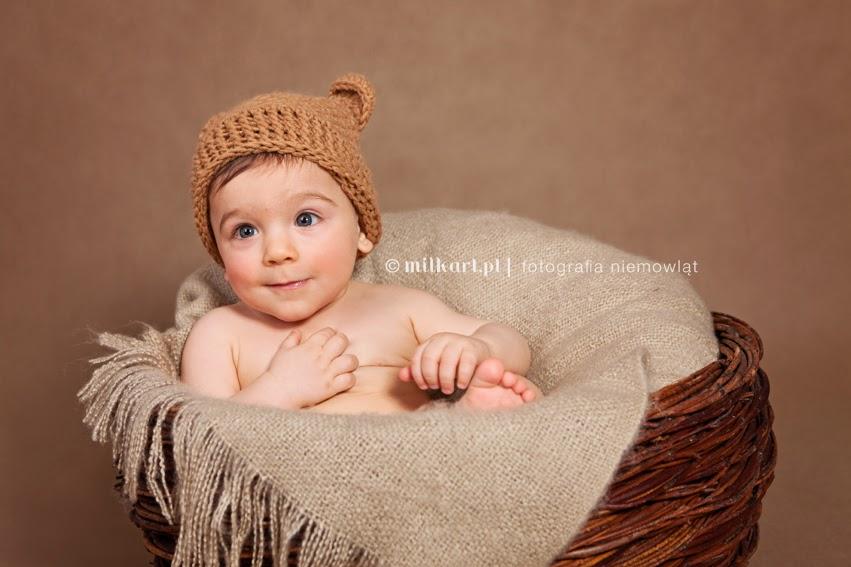 fotografia niemowląt, sesje zdjęciowe niemowlaków, sesja fotograficzna dziecka, fotograf dziecięcy, studio milkart
