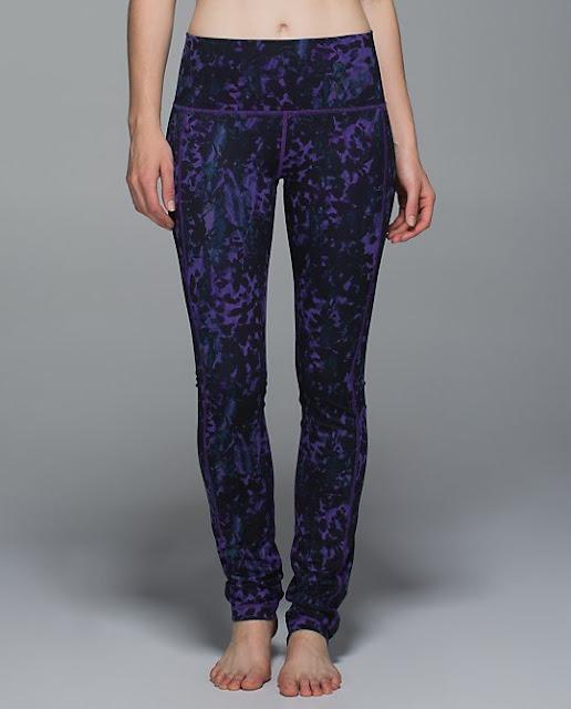 lululemon-skinny-groove floral-backdrop-iris-flower