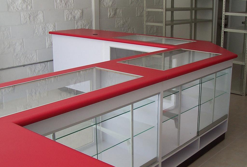 Muebles de tiendas muebles de oficinas y muebles sobre dise o for Muebles de oficina olx