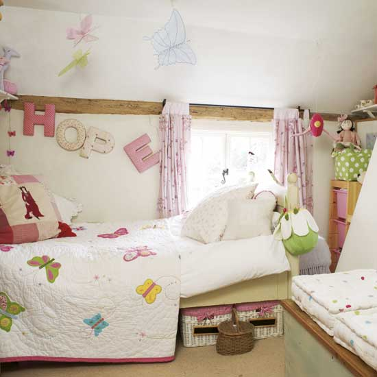 Home design ideas home decorate home trends for Butterfly bedroom ideas