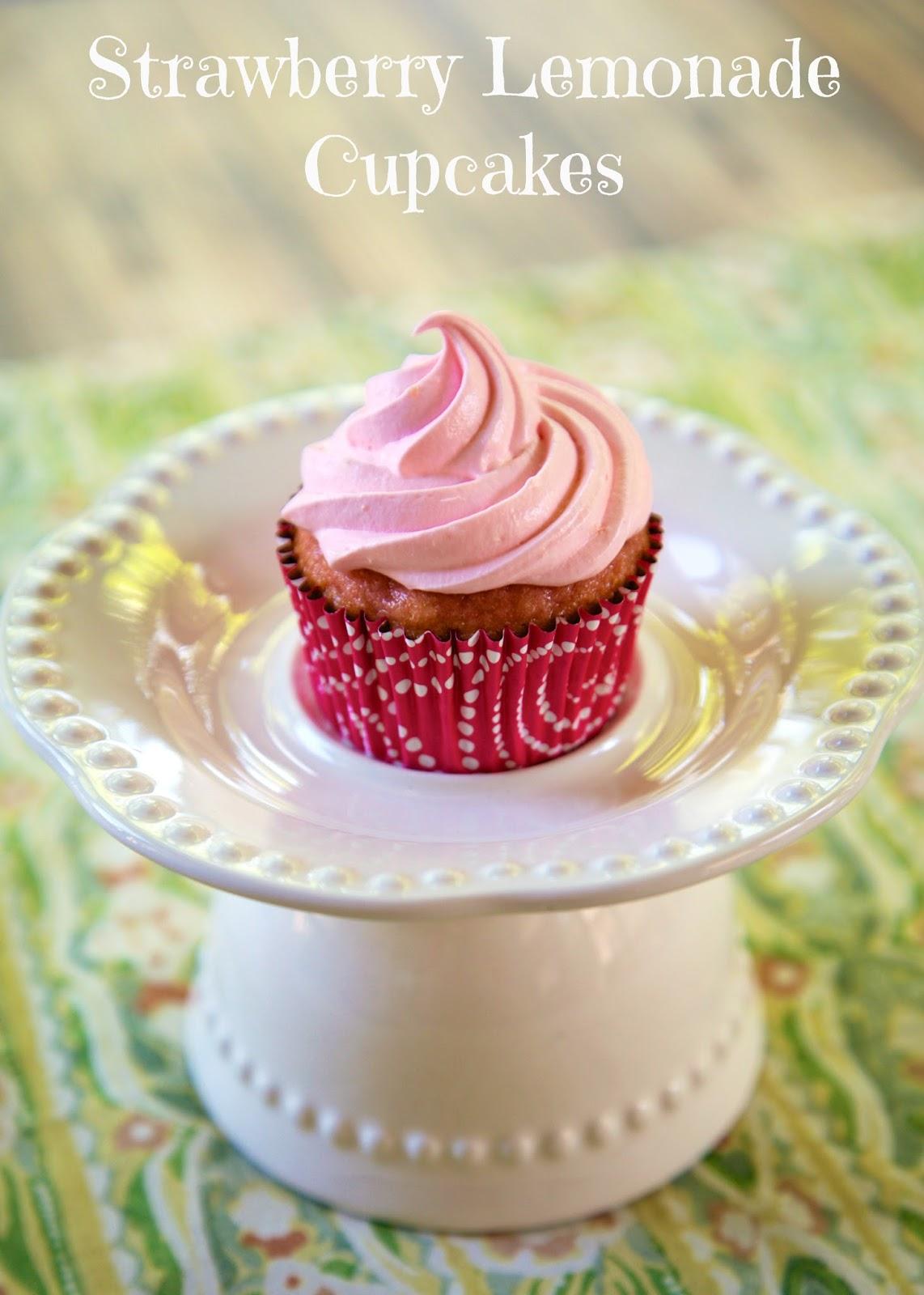 Strawberry Lemonade CupcakesLemonade Cupcakes