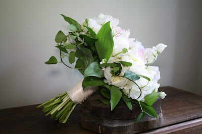 Saratoga National Golf Club Wedding Pictures - Bouquet - Splendid Stems - Wedding Flowers
