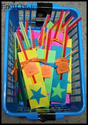 http://pinkbuckaroodesigns.blogspot.com/2010/08/student-gifts.html