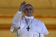 Por Mariano Rovatti Rompiendo todos los pronósticos, el Cardenal argentino . bergoglio papa