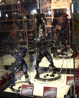Square Enix Play Arts 2013 Toy Fair Display - HALO 4