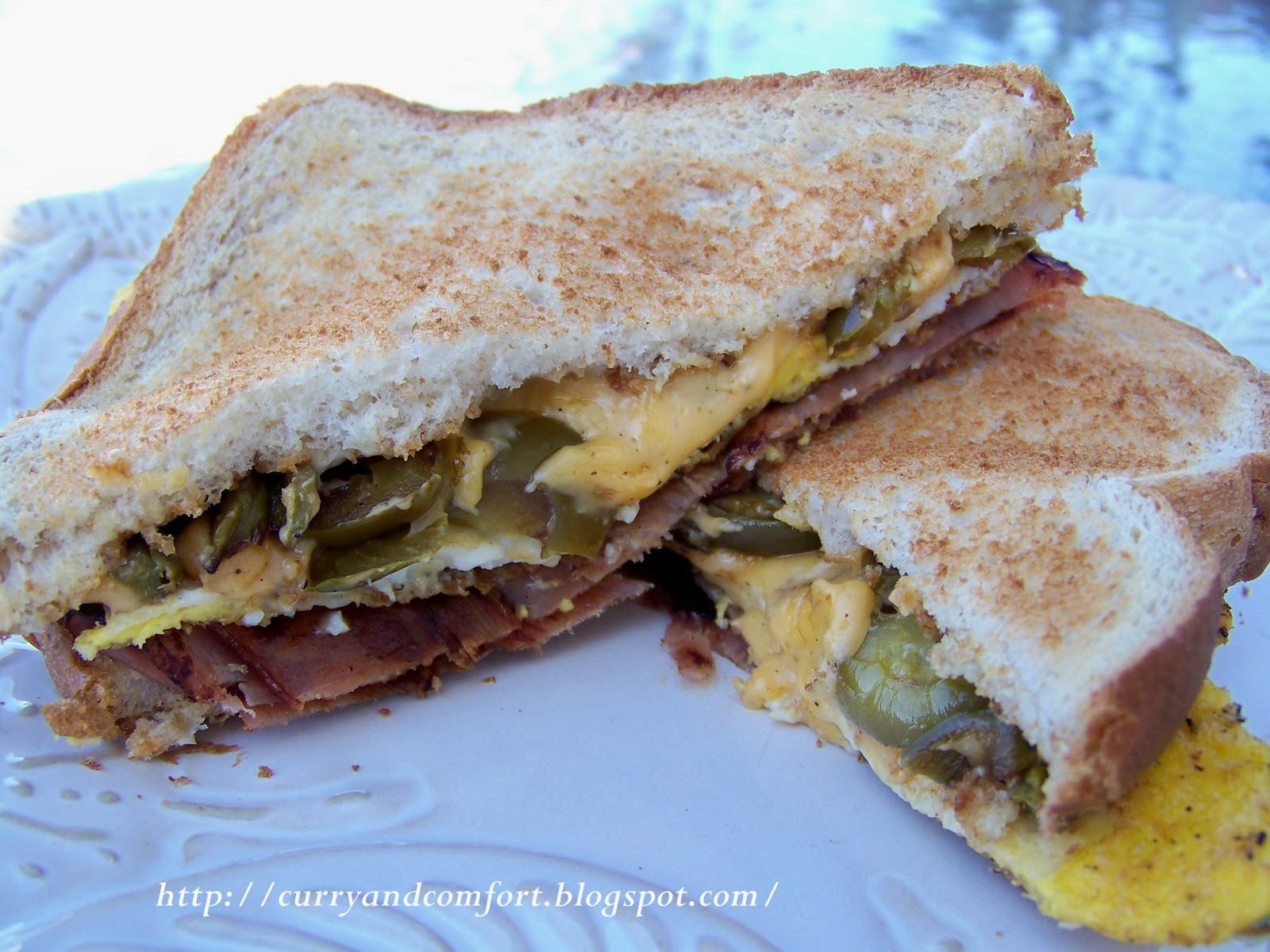 Kitchen Simmer 300 Calorie Breakfast Sandwich