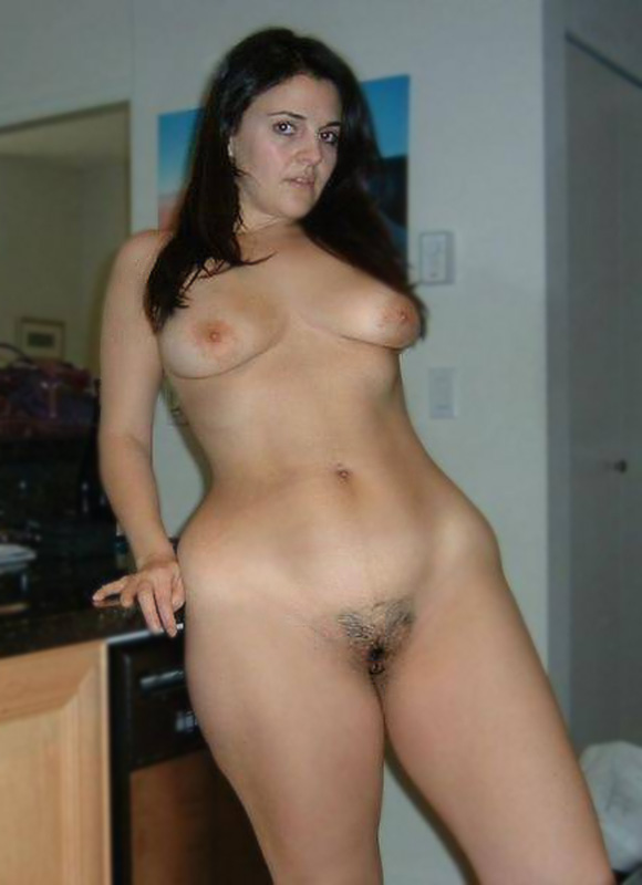 Thank for Naked brunette milf understand you