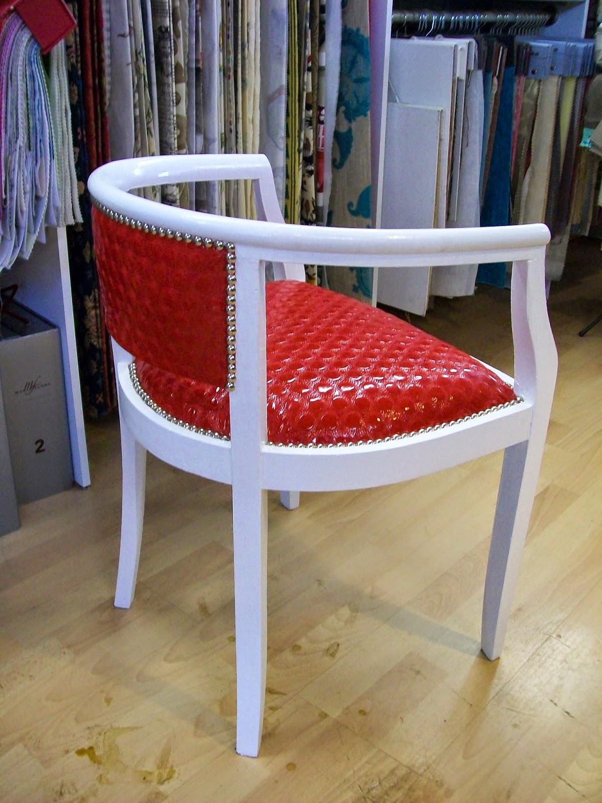 l 39 petit fauteuil bureau. Black Bedroom Furniture Sets. Home Design Ideas