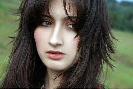 15 hot photos of Sanjeeda Sheikh - actress from Taish