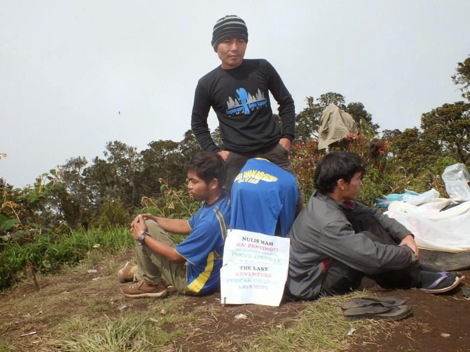 Pucuk Gunung Cikuray Jawa Barat