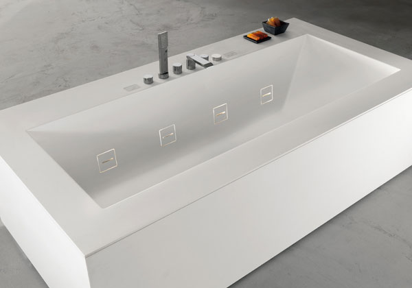 L 39 architetto risponde ambiente bagno ultime tendenze for Vasca teuco