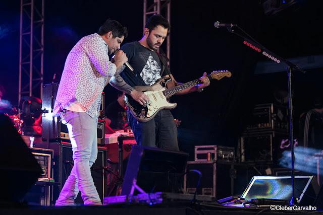 Cleber Carvalho-Jorge e Mateus-Show-Flor-Andradina- Rodeo Country Bulls-Fotos
