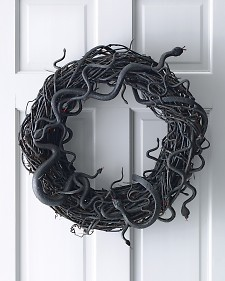 Iu0027m Not Sure If I Would Want To Be In The Kitchen If That Wreath Was Hanging!  But It Would Sure Be A Conversation Piece! Imagine This Wreath Hanging From  ...