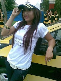 Sun Meas facebook girls 18