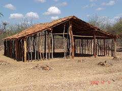Construção da casa de taipa