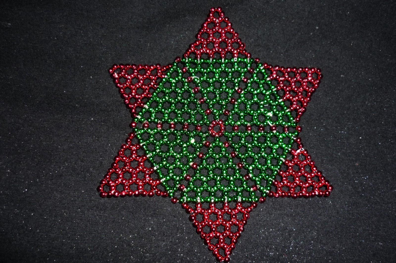 Estrella navideña en perlas   Manualidades Útiles