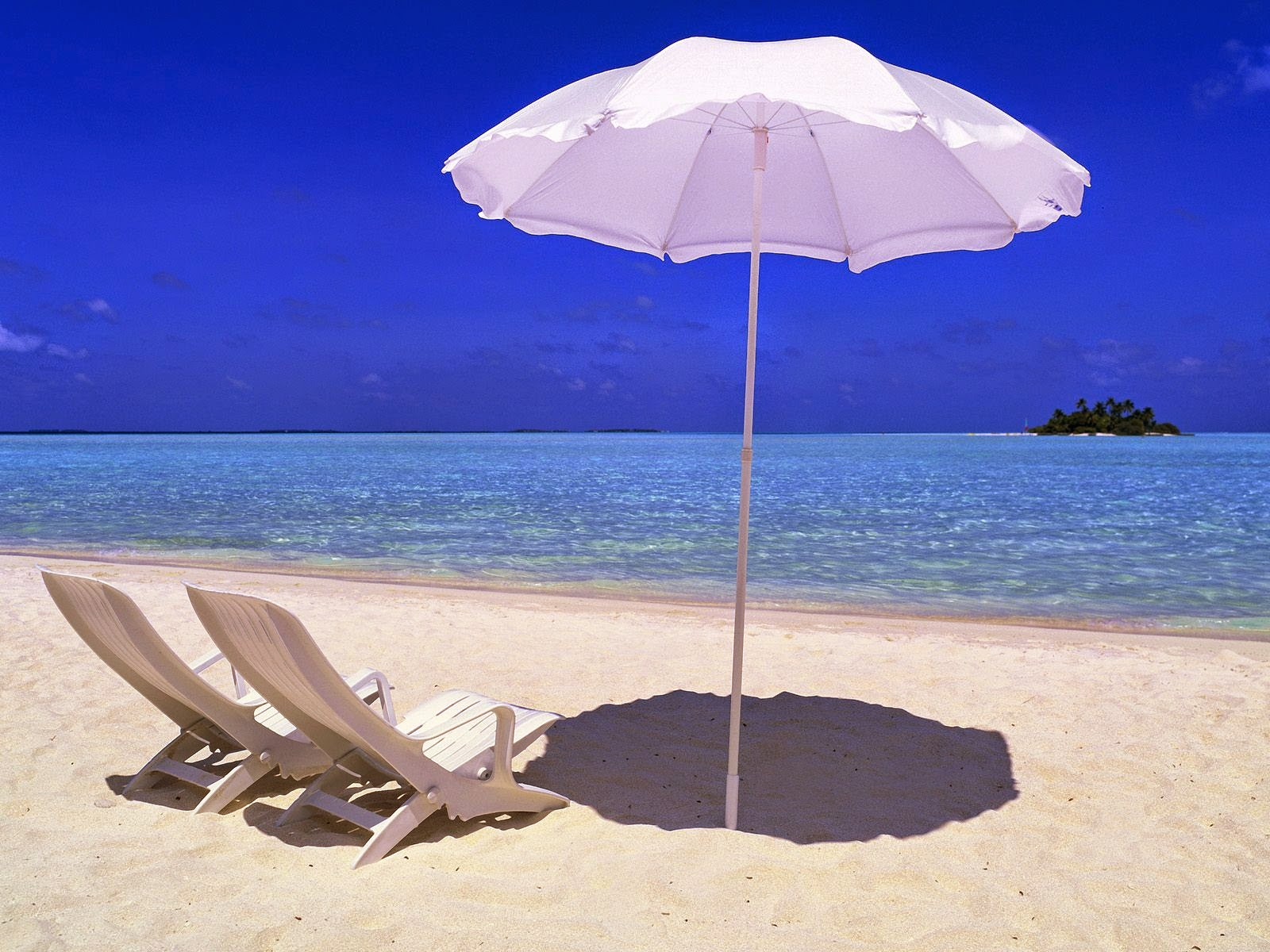 Rihiveli Beach Maldives For Desktop