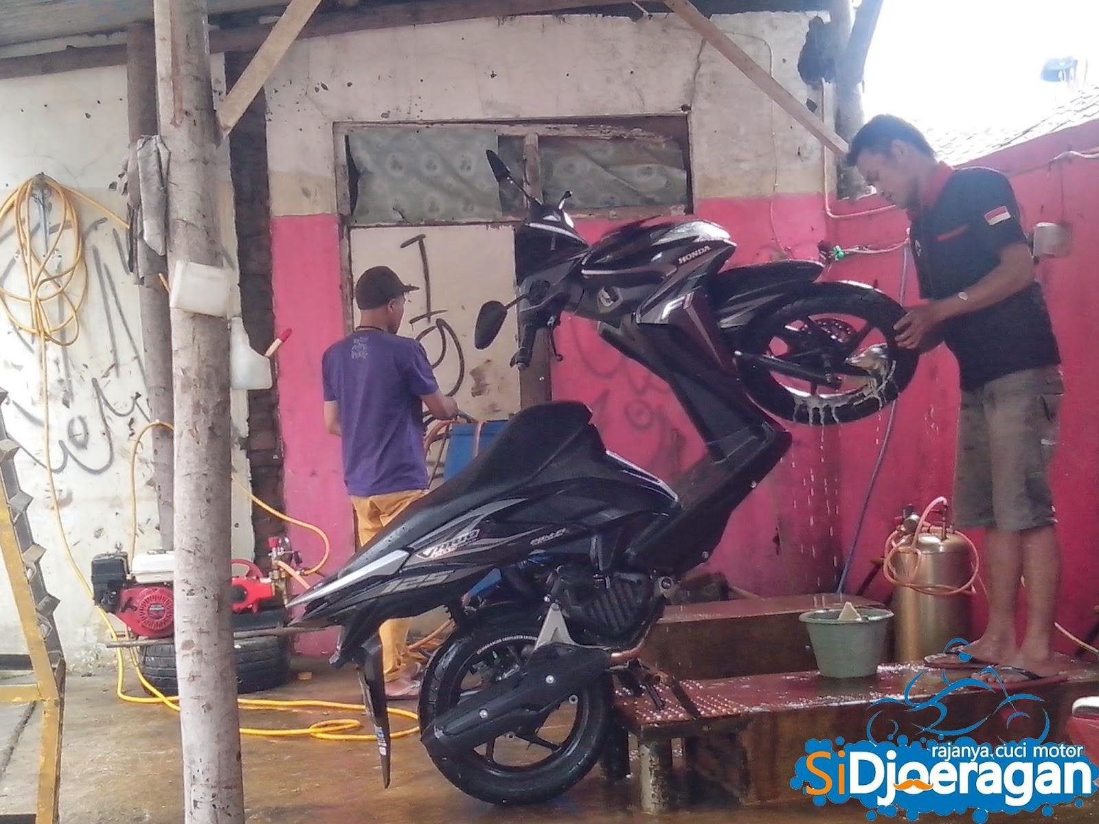 cara menggaji karyawan cuci motor