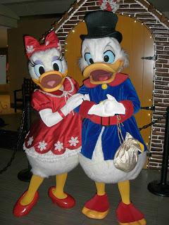90f9357ab4 Café da manhã com personagens na Disneyworld!!!
