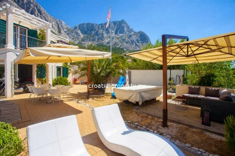 Makarska Rivijera nekretnine : Prodaja kuća i stanova Baška Voda