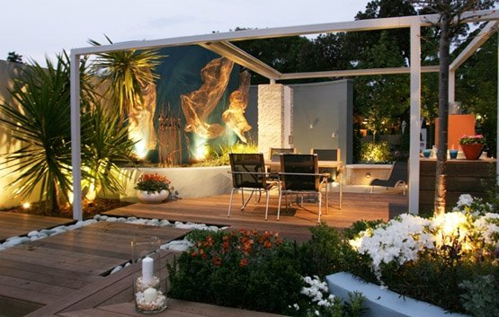 Arte y jardiner a el jard n minimalista urbano ejemplo for Cascadas modernas para jardin