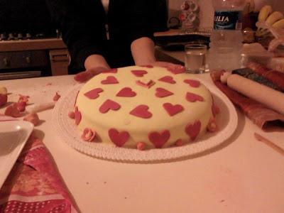 la mia prima torta con la pasta di zucchero!!!