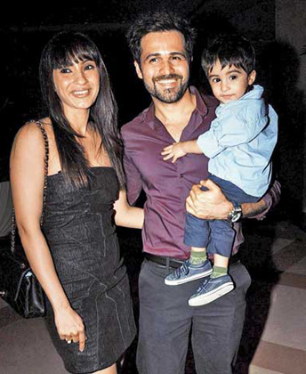 Family photo of the actor, married to Parveen Shahani, famous for Murder & Aashiq Banaya Apne.