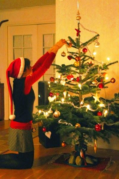Att klä julgranen - vestizione dell'albero di natale