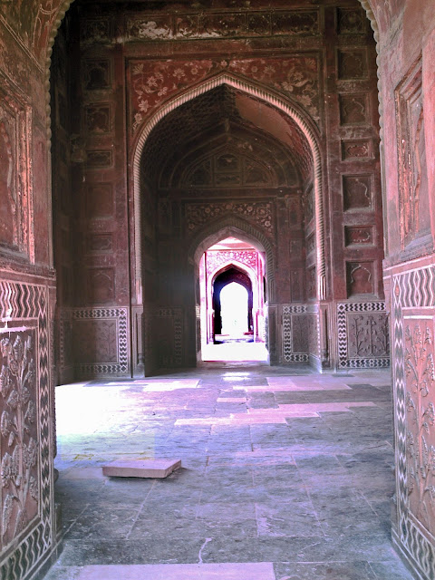 Taj arched doorway designs