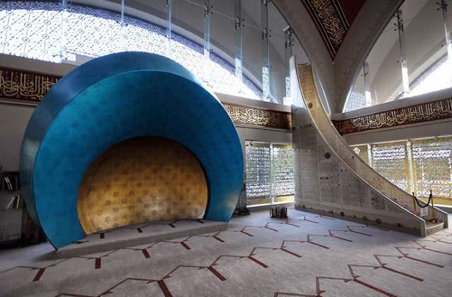 7 Gambar Percayakah Anda Masjid Cantik Ini Adalah Sentuhan Dari Seorang Wanita
