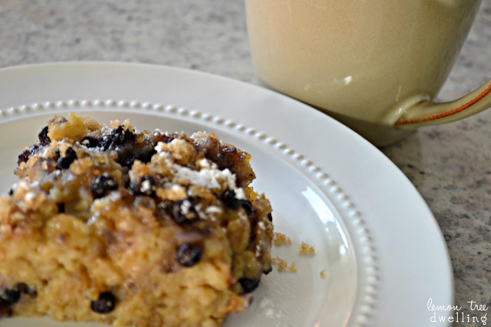 Lemon Tree Dwelling: Baked Blueberry Oatmeal