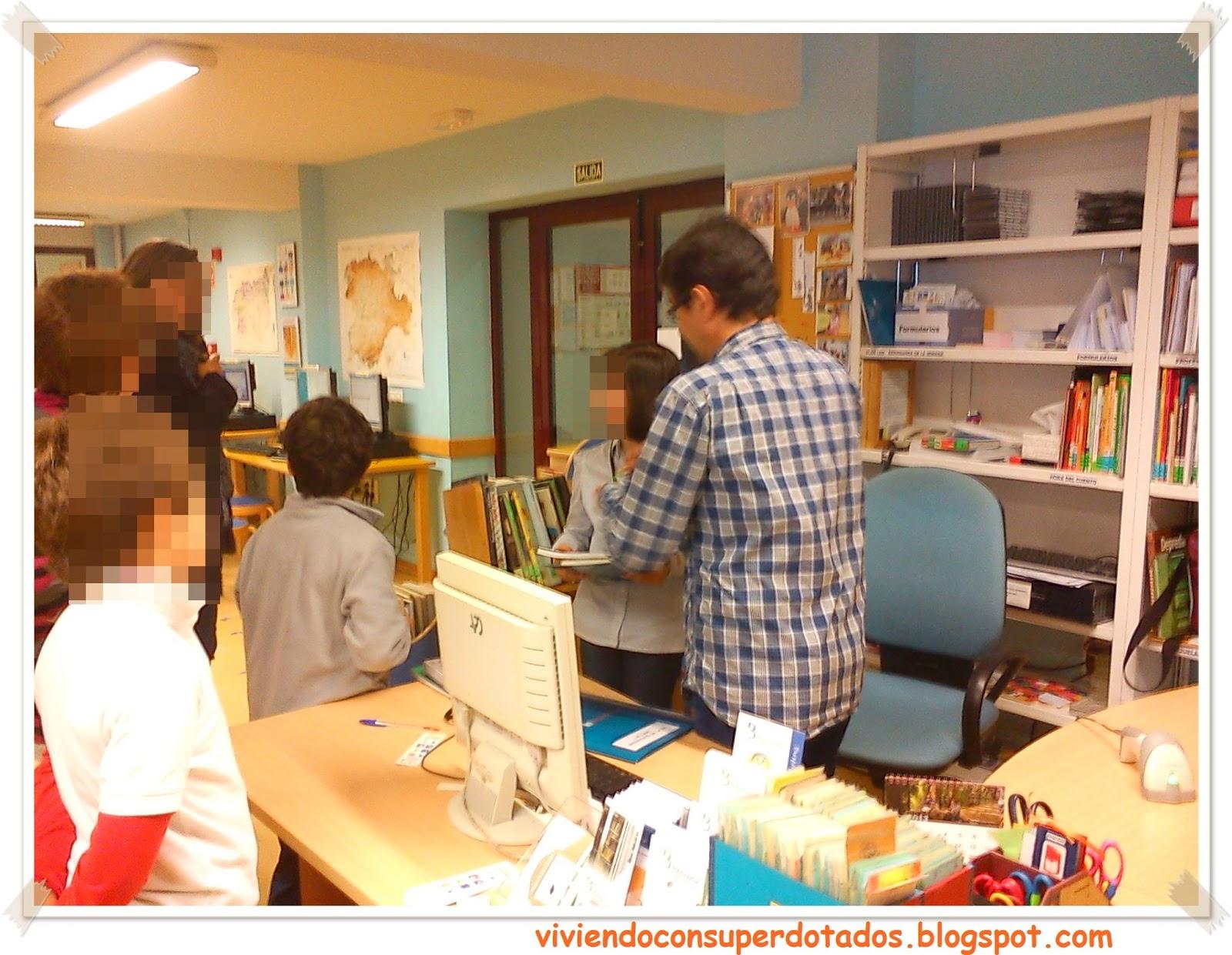 Viviendo con superdotados: Bibliotecario por un día
