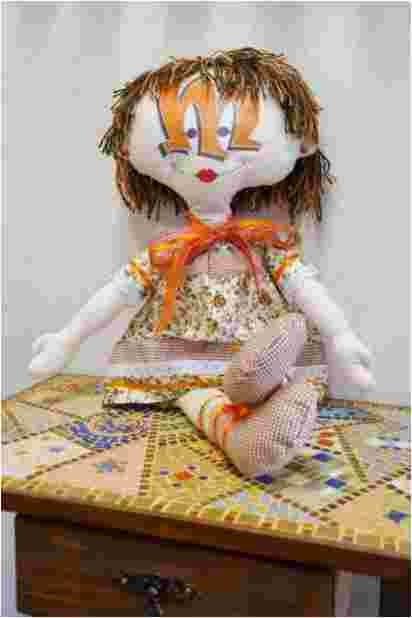 Artesanato com a Meméia você encontra em www.unearte.com.br/loja/artesanatocomamemeia