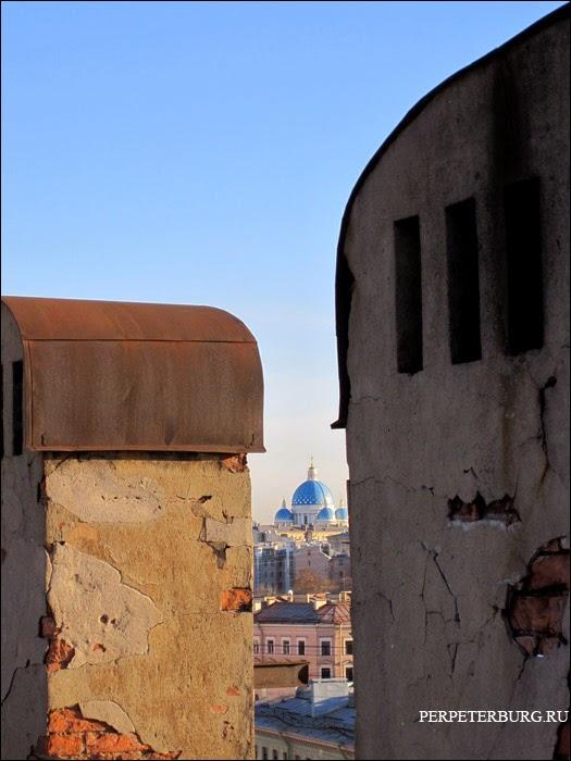 Вид с крыши в Петербурге