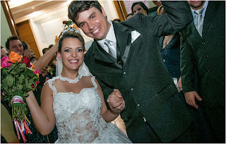 http://blogdarevistainsidegaleria.blogspot.com.br/2014/12/enfim-casados-lucimara-costa-e-roque.html
