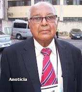 Pastor Arnaldo Candeias.