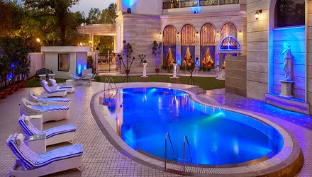 Top 10 Places For Pool Party In Delhi Ncr Know Whats Happening Around All Events In Delhi